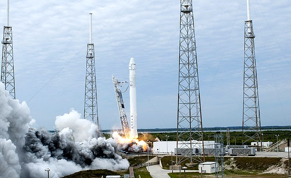 space x - falcon 9 CRS-2 - NASA Tony Gray and Robert Murray - public domain