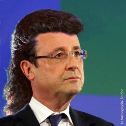 hollande et sa banane rock n roll