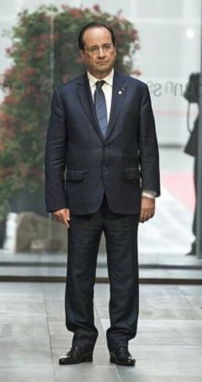 hollande ton costume
