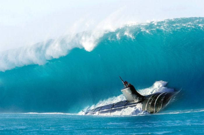 submarine and wave