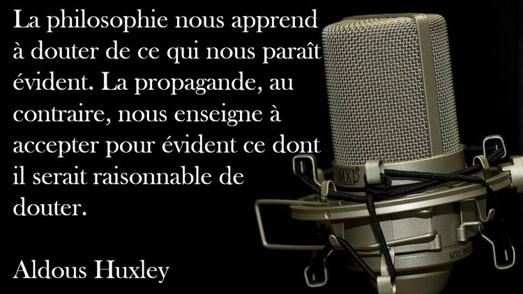 """""""Soyez prudent car certaines choses qualifiées de théories du complot sont vraies"""" : Edward Snowden Huxley-propagande-philosophie-doute"""